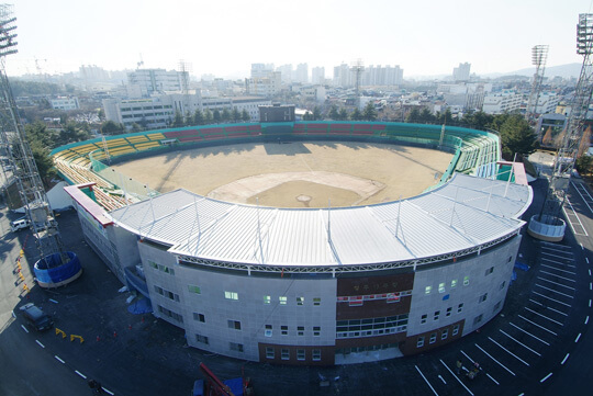 清州野球場