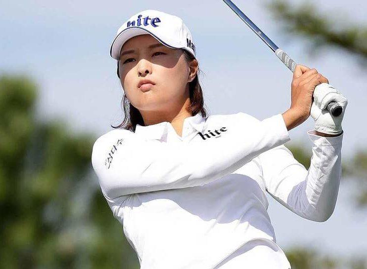 ゴルフ女子コジンヨン
